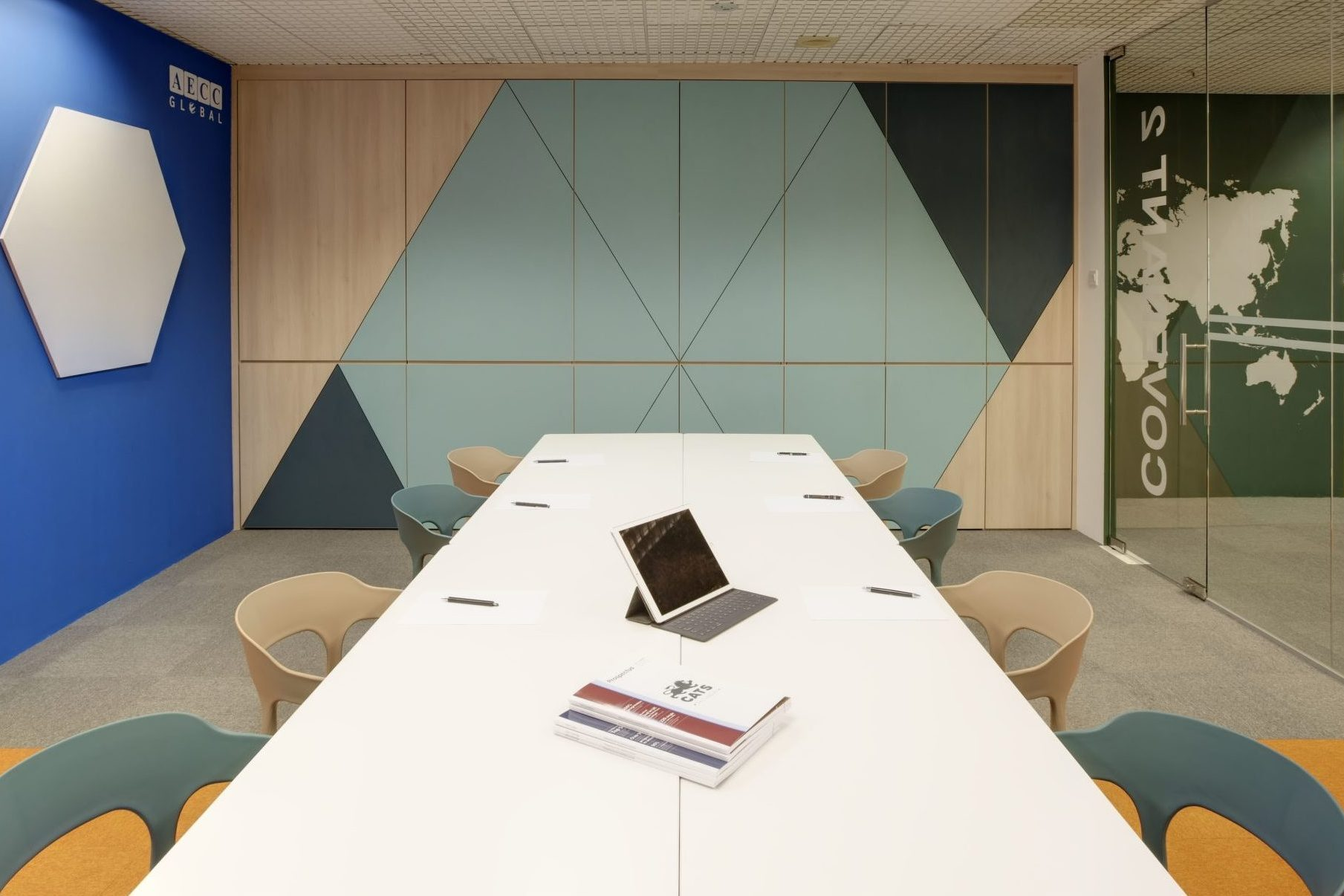 Well Designed Interiors for Your Home and Office